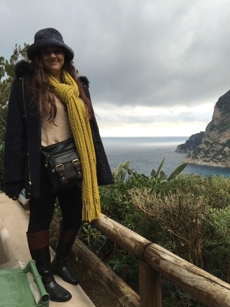 Jennifer Dioguardi in Capri