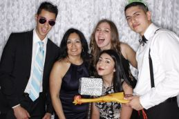 Prom2017Booth_186