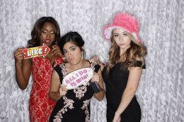 Prom2017Booth_449