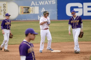 BVBaseball_Apr19_0103